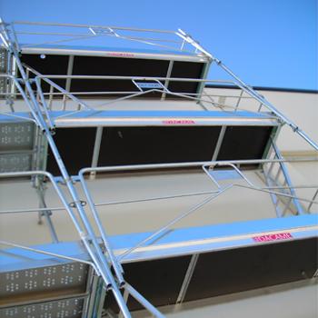 facade-scaffolding-duo-45